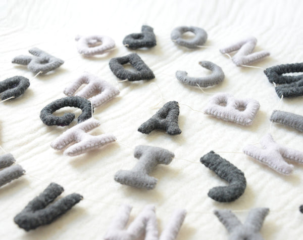 Alphabet Garland ABC l Grey