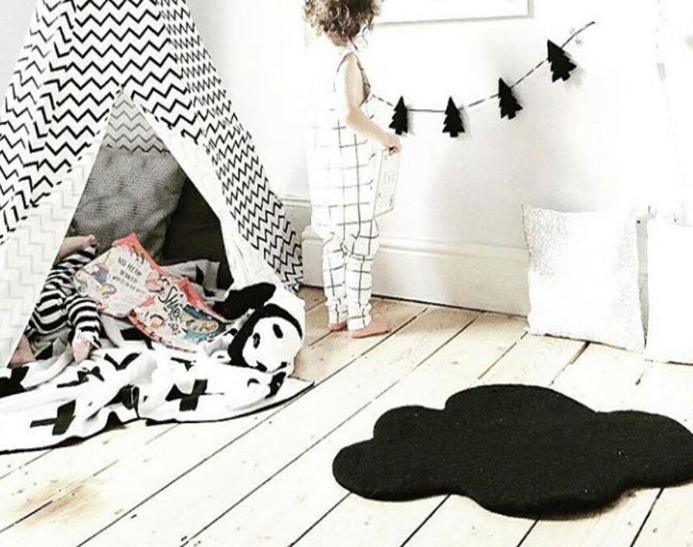 Cloud Nine Felt Rug | Black
