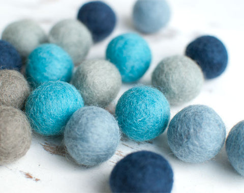 Blue Felt Balls 2cm x20 Mixed Blue Grey Wool Pom Poms. Craft Supplies. Winter Shade.