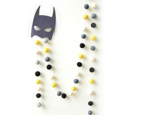 Felt Ball Garland l Superhero