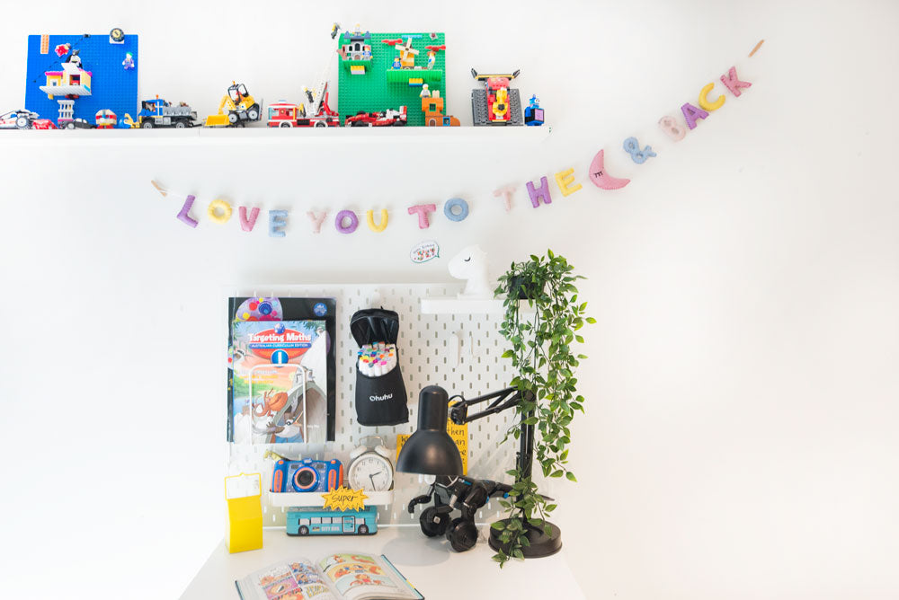 LOVE YOU TO THE MOON & BACK Garland  l Pastel
