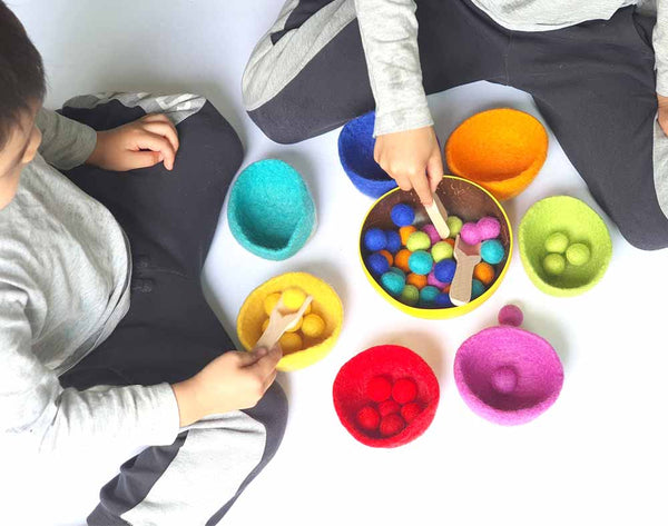 Sorting Toy Felt Bowls & Felt Balls, Wool, Counting, Montessori Sensory Play. Learn Colours. Educational Open Ended, Pretend Cooking