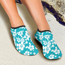 Load image into Gallery viewer, Teal and White Hibiscus Hawaiian Pattern Water Shoes