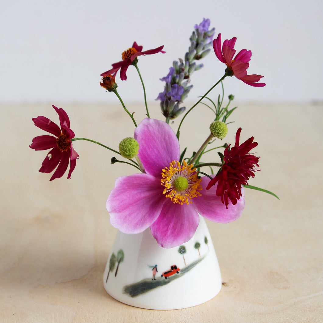 Tiny Scene Posy Pot
