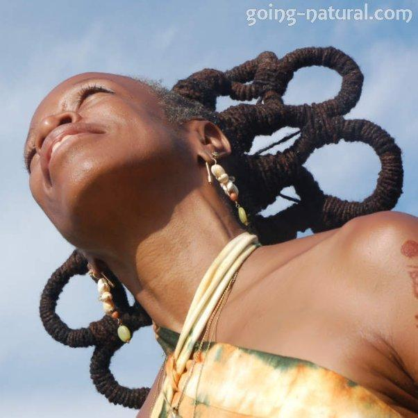 natural-hairstyle-long-locs
