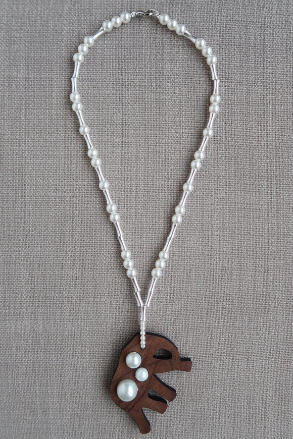 Little Girl Elephant Necklace - Metal & Pearls