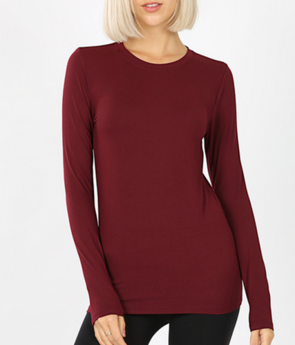 Keepin' It Casual Tee In Burgundy