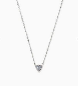 Perry Pendant Necklace in Gray Drusy