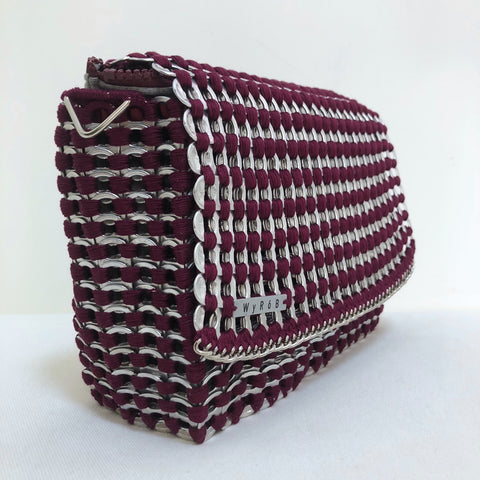 image of WYROB wine big bag upcycled from soda pop tabs, available on WOMB online shop