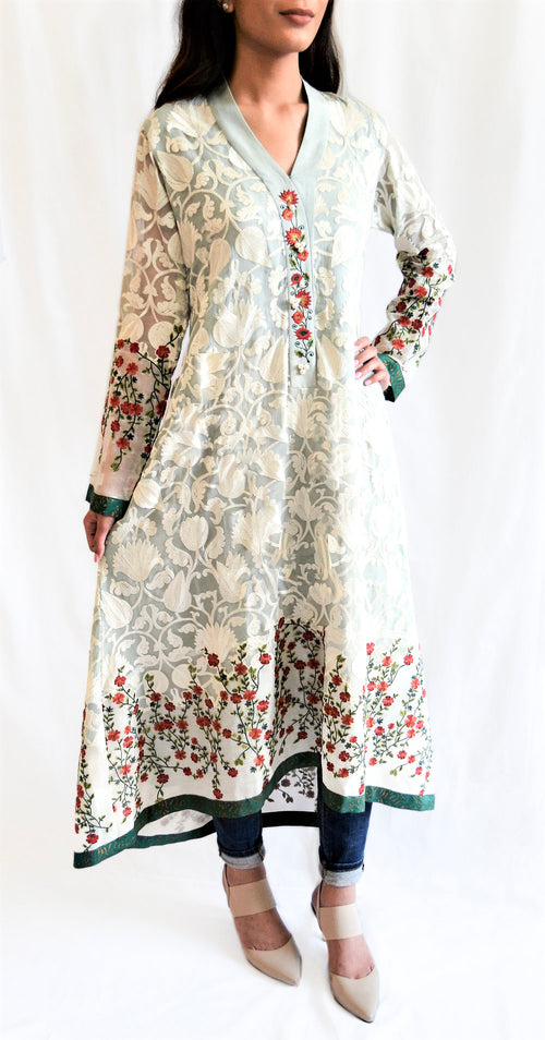 Printed kurti with pants. Desi outfit