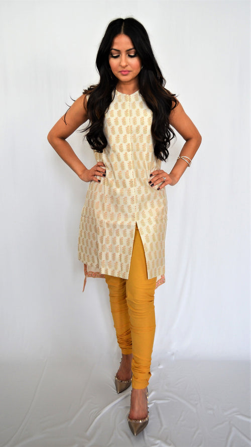 Brand New Anju Modi Sleeveless Paisley Top
