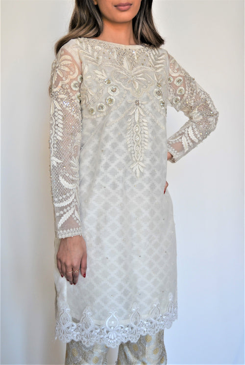 Annus Abrar Formal White Suit