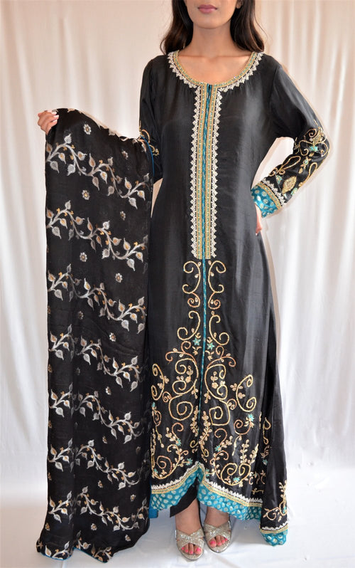 Desi black suit with dupatta