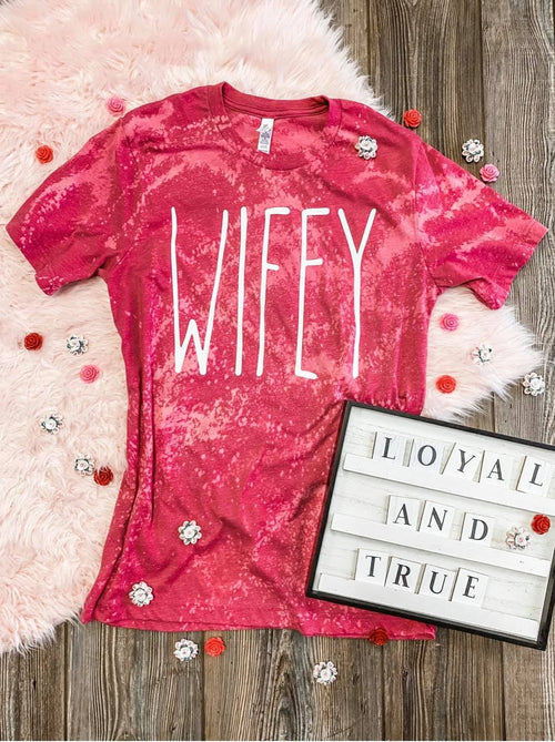Wifey Tee Distressed