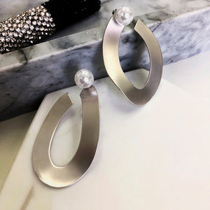 Pearl Matte finish Irregular Shape Earrings