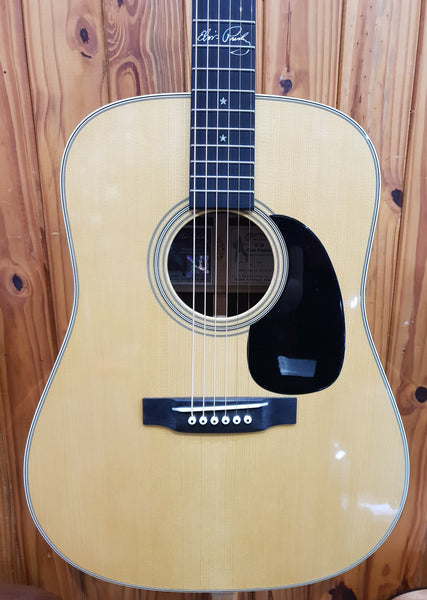 MARTIN & CO D-28 ELVIS PRESLEY SIGNATURE