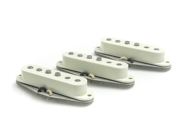 BARE KNUCKLE PICKUPS IRISH TOUR SINGLE COIL - SET WHITE