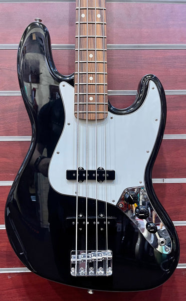 FENDER PLAYER JAZZ BASS BLACK - PRE-LOVED
