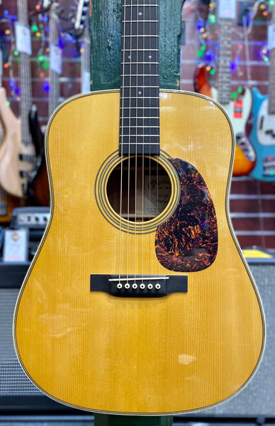 MARTIN & CO D-28 MARQUIS PRE-LOVED
