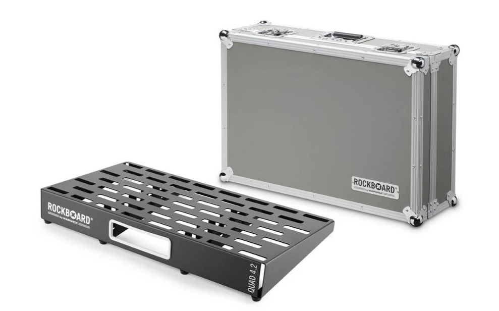 WARWICK ROCKBOARD QUAD 4.2 PEDALBOARD IN FLIGHT CASE
