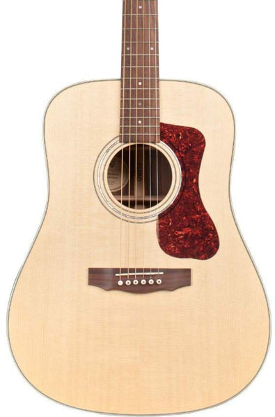 GUILD D-150 ALL SOLID DREADNOUGHT WITH DELUXE GIG BAG
