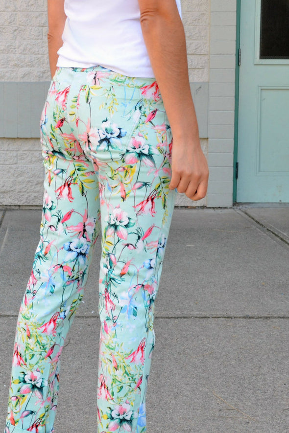 Cadence Pants PDF sewing pattern - DGpatterns