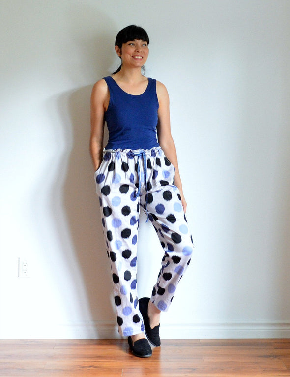 Romina  Woven Pants PDF sewing pattern and tutorial - DGpatterns