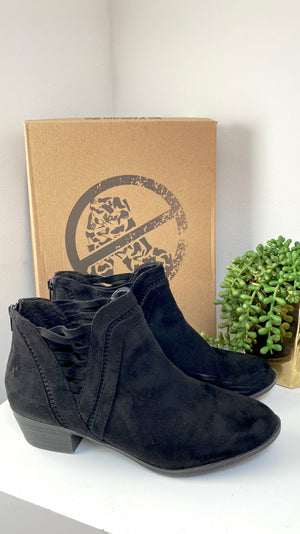 No Parking Black Athens Ankle Boots (10)