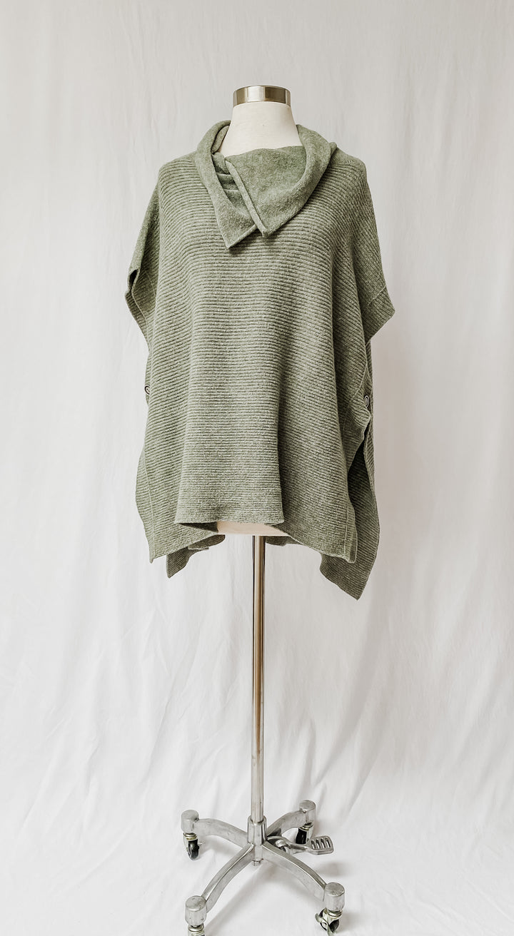 Belle France Sage Plush Pullover Poncho (L/XL)