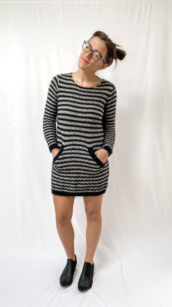 Katsumi Gray & Black Sweater Dress (M/L)