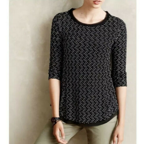 Anthropologie Black & White Wave Textured Knit Top (XS)
