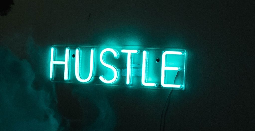 15 Best Side Hustle Jobs to Earn Your First $1,000 Online