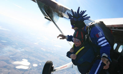 Tandem Skydive Jump Experience at 10.500ft