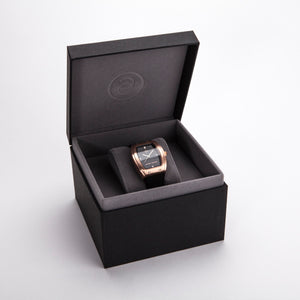 Exclusive and minimalistic rose gold watch Edvard Erikson watch E1 Rose Gold Edvard Erikson Watches is a Swedish watch brand made of Stainless steal 316L. Our E1 Watch is an elegant and luxury square shape watch for all occasions. Discover the complete collections of Edvard Erikson watches online.