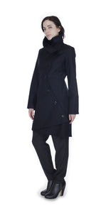 Swerve Coat in Wool/ Cashmere / Black