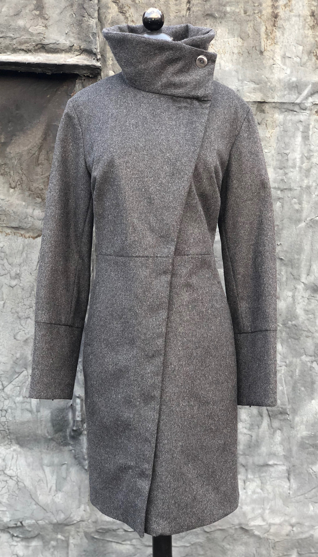 High Collar thinsulated zip coat/ Wool blends