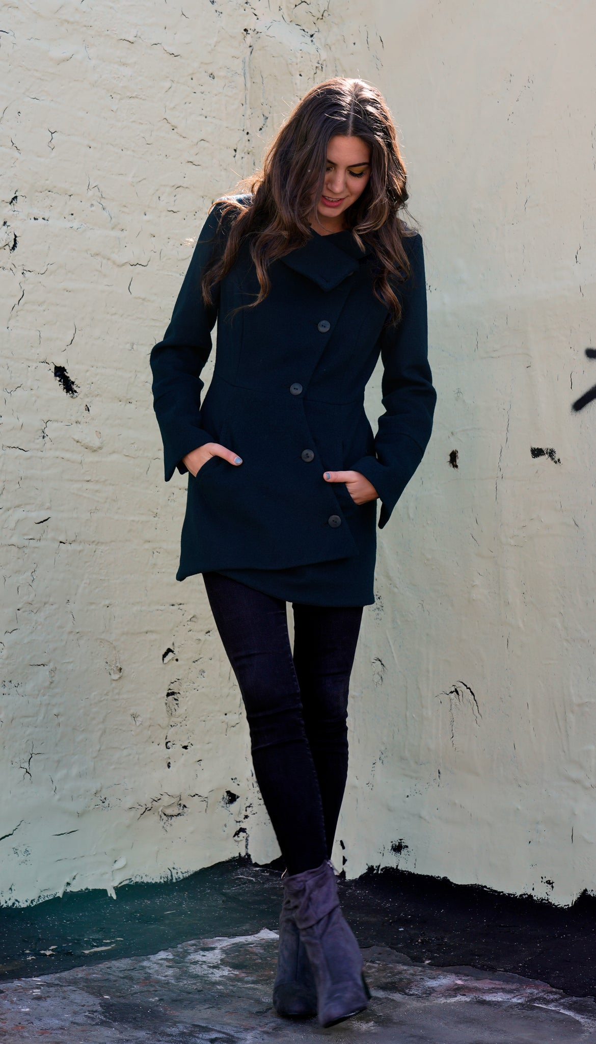Swerve Coat *mid thigh length *relaxed fit