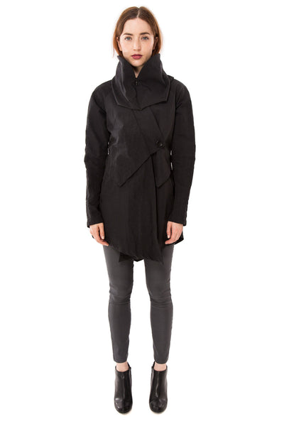 Convertible Hood Wrap Rain Jacket / Black