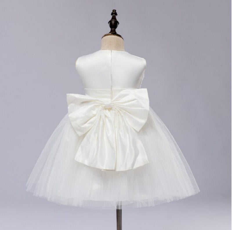 Pure white small dress, round neck sleeveless Big bow on the back, Pleats on the cute Flower Girl Dress, FG0103