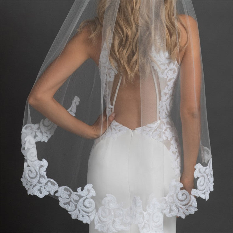 Stunning Tulle Short Wedding Veil With Lace Appliques, WV0100