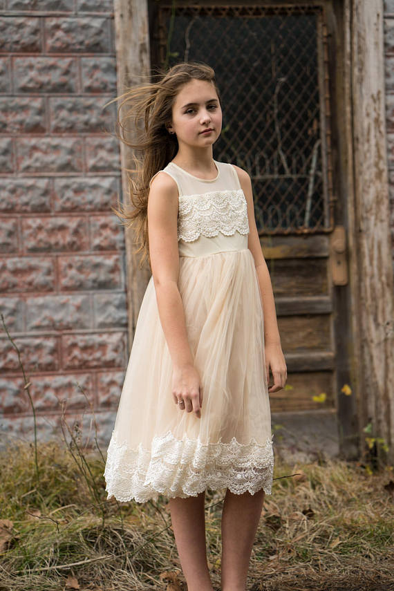 Flower girl dress, ivory flower girl dress, girls dress, country flower girl, ivory lace dress, FG0200