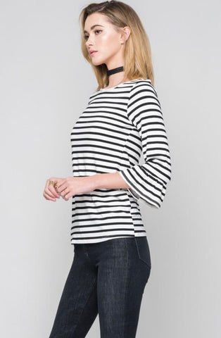 3/4 sleeve Ivory and black bell sleeve top