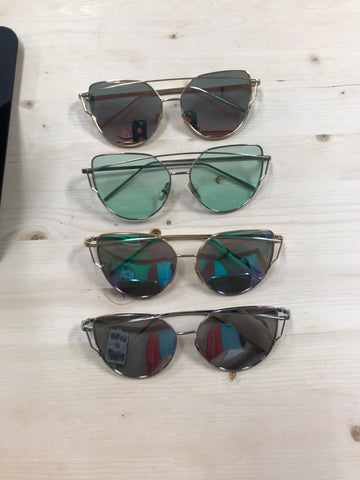 Aviator/Pilot sunglasses