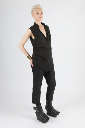 DOUBLE COLLAR - Sleeveless Shirt
