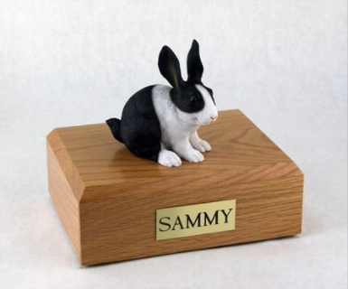 urn for rabbit ashes
