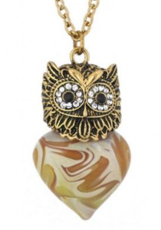 https://www.funeraldirect.shop/products/glass-owl-cremation-necklace