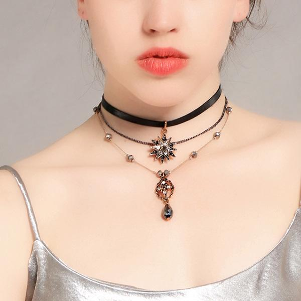 Fashion Bohemian Imitation Crystal Necklaces