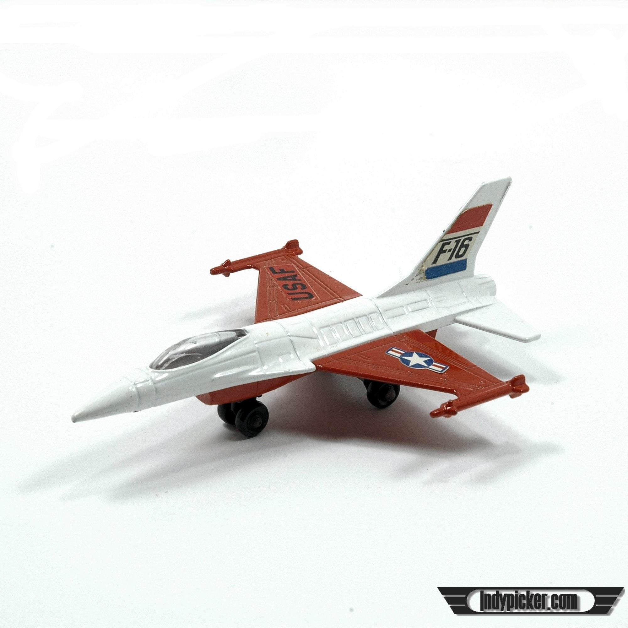 Vintage  Matchbox Diecast Airplane Skybuster 24 F16 Jet Fighter (c.1978)