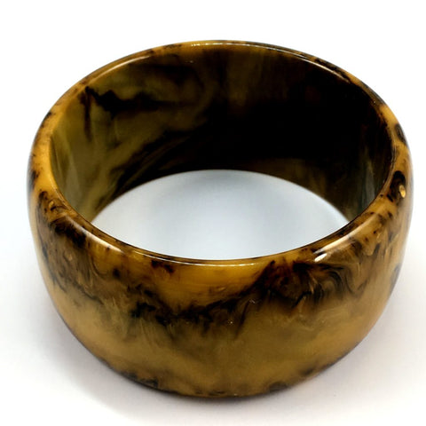 Vintage Bakelite Wide Toffee Mississippi Mud Bangle
