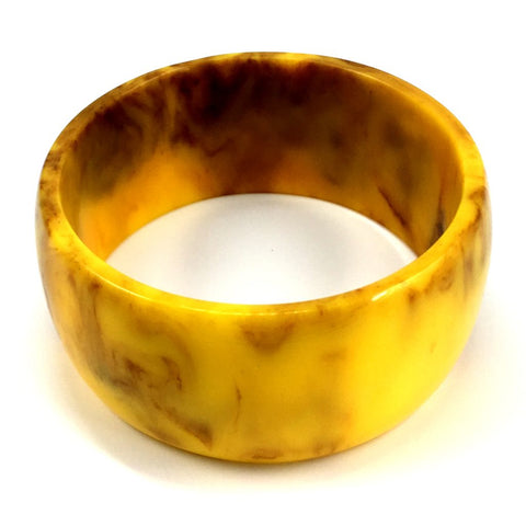 Vintage Bakelite Wide Marbled Mustard Bangle